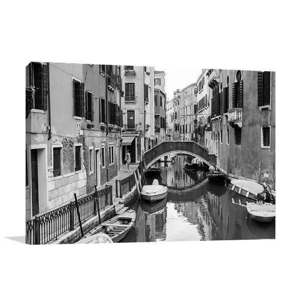 Italy Venice Canal Wall Canvas Print