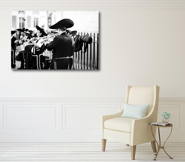 Street Performing Mariachis Prints Canvas