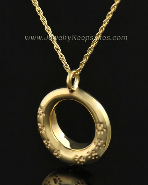 14k Gold Playful Round Pendant