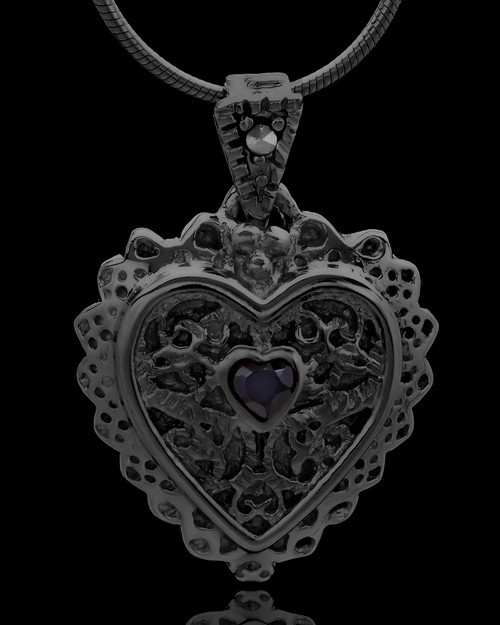 Black Plated Garland Heart Keepsake Jewelry