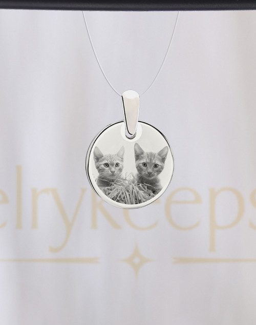Round Stainless Pet Picture Engraved Reflection