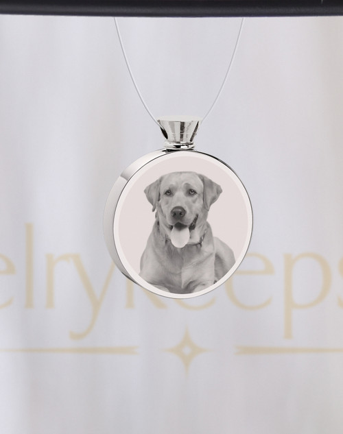 Photo Engraved Round Stainless Steel Pet Cremation Reflection Pendant