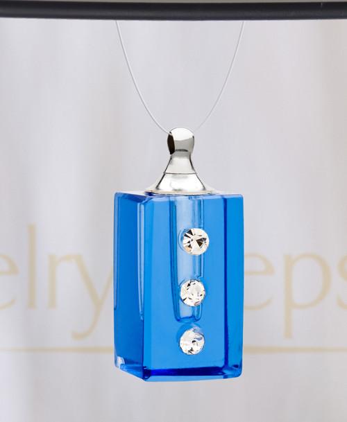 Royal Dependable Glass Reflection Pendant