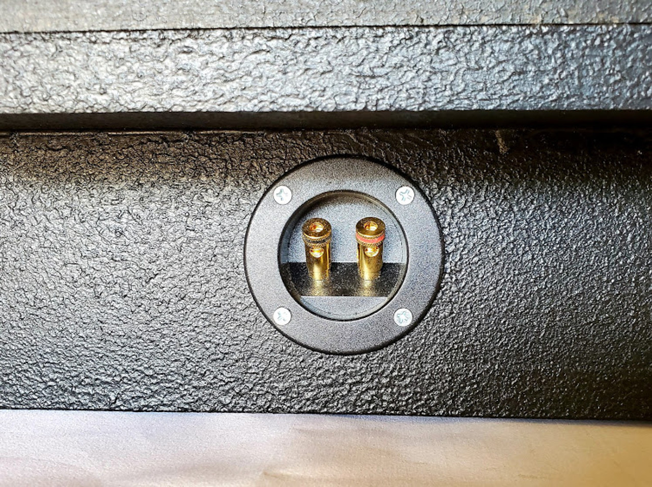 Jeep Gladiator Subwoofer Box And Subwoofer Combo #1