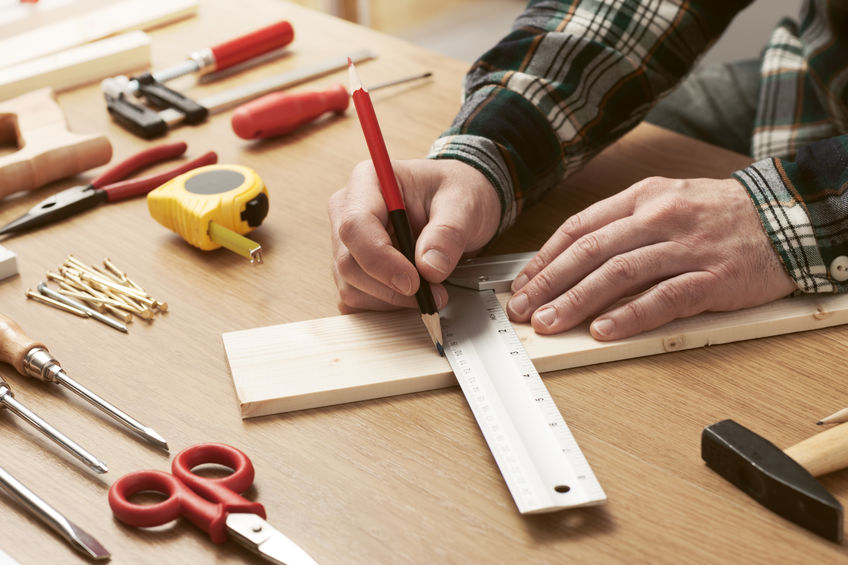 What Tools Does a Carpenter Use?