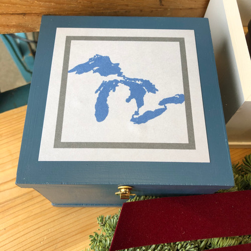Our Great Lakes Gift Box