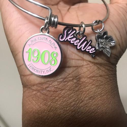 """AKA. """"1908"""" expandable bangle"""
