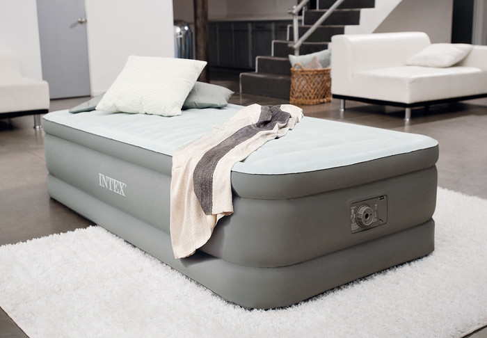 18in Twin PremAire Elevated Airbed with Built-In Electric Pump