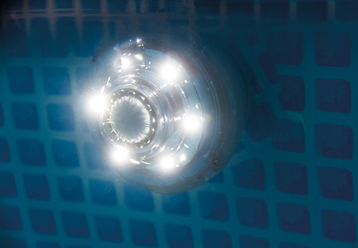LED Pool Light with Hydroelectric Power (1.25in)