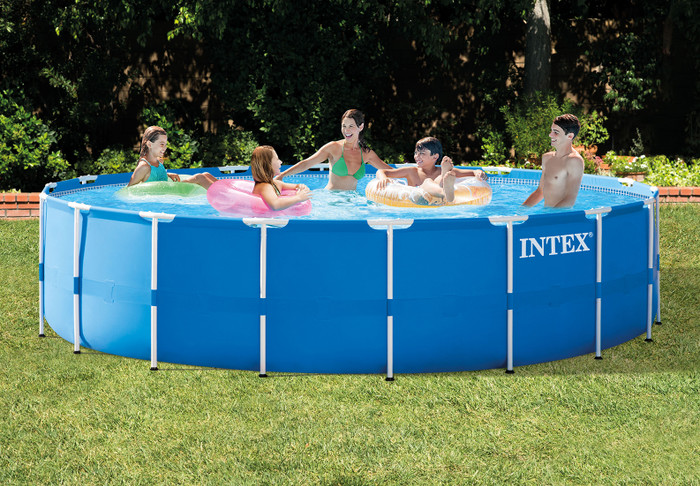 18ft X 48in Metal Frame Pool Set (2017)