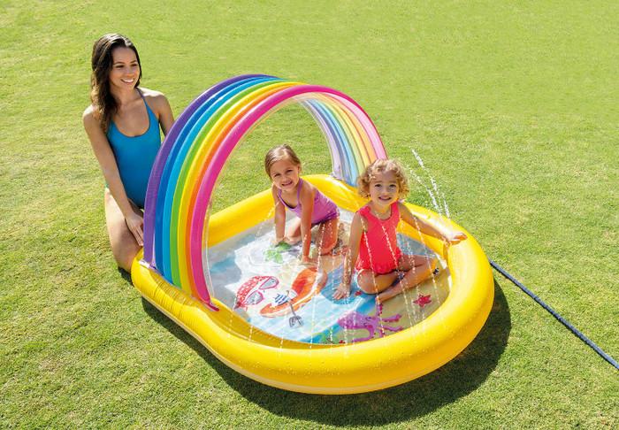 Rainbow Arch Spray Pool