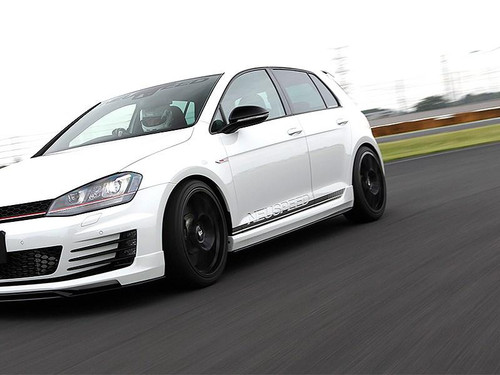 iSweep MK7/7.5 GTI & Golf R Side Skirts