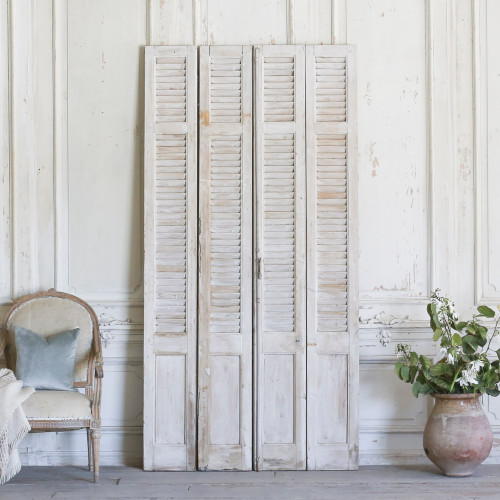 Set of Four Vintage Whitewashed Shutters AEVM78080