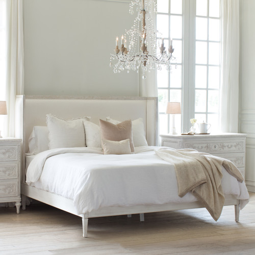 Eloquence® Cassia Bed in White Linen and Salt Water White Finish
