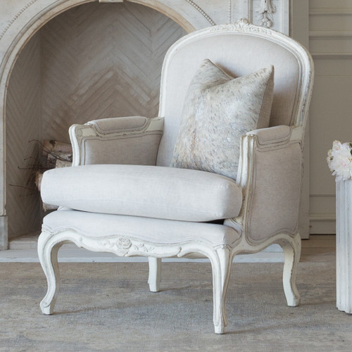 Eloquence® La Belle Bergere in Fog Linen and Gesso and Oyster Finish