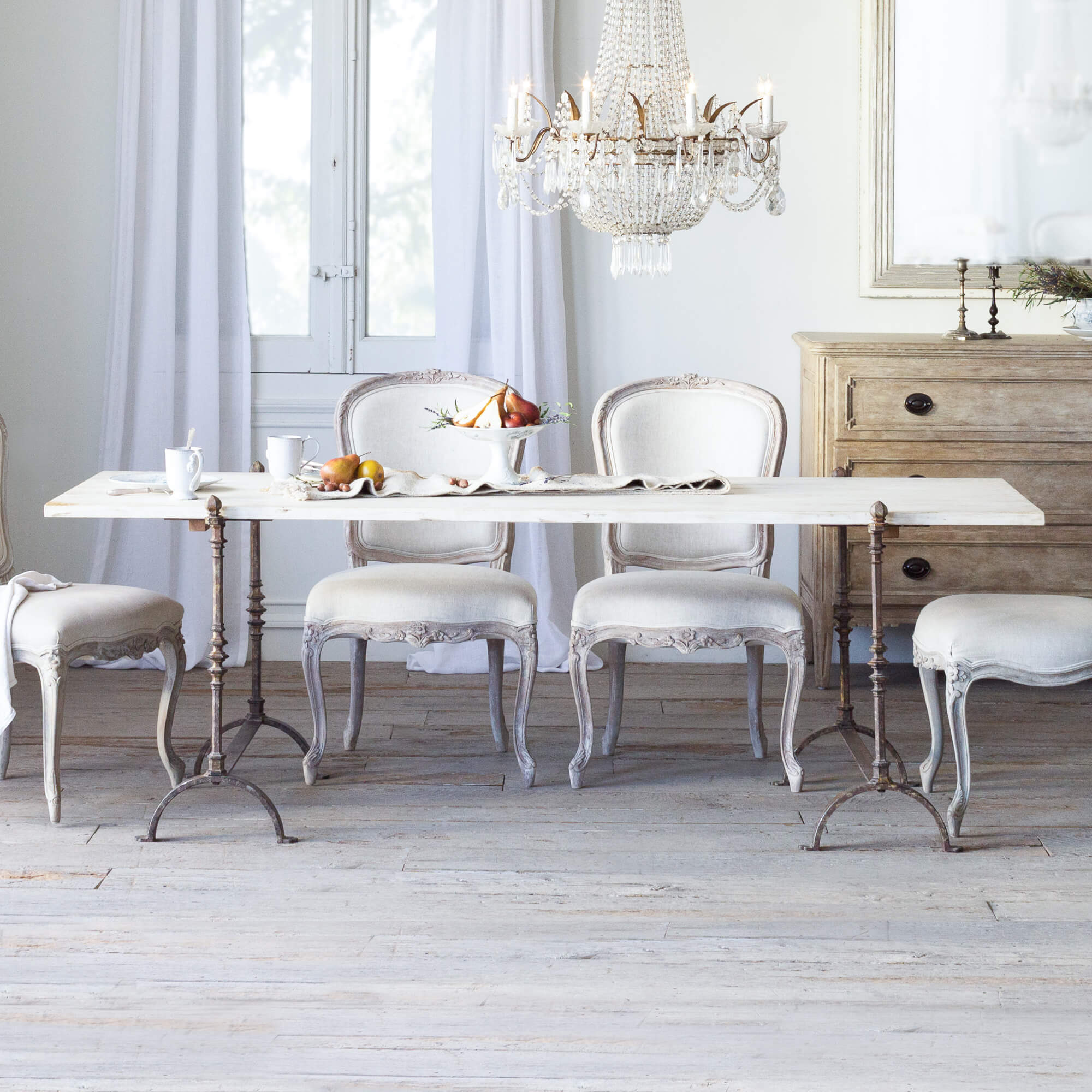 Astounding Eloquence St Remy Trestle Table In Pickled White Finish Uwap Interior Chair Design Uwaporg
