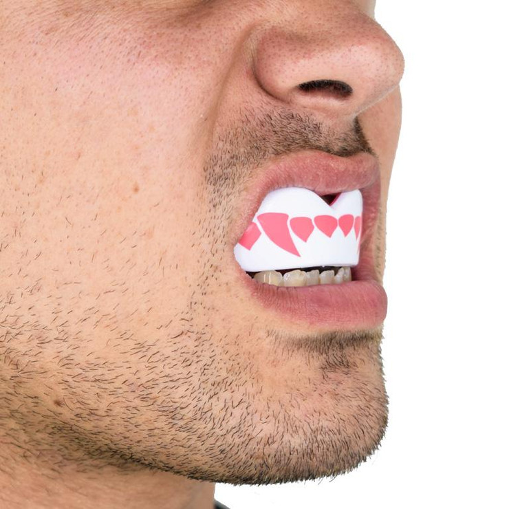 SafeJawz Extro Pink Fangs Mouth Guard