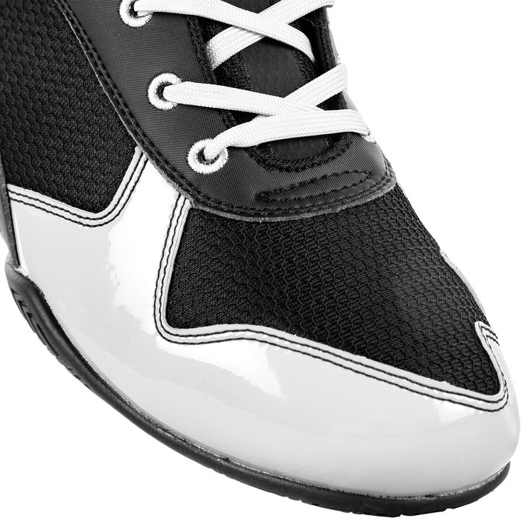 Venum Elite Boxing Shoes Black/White