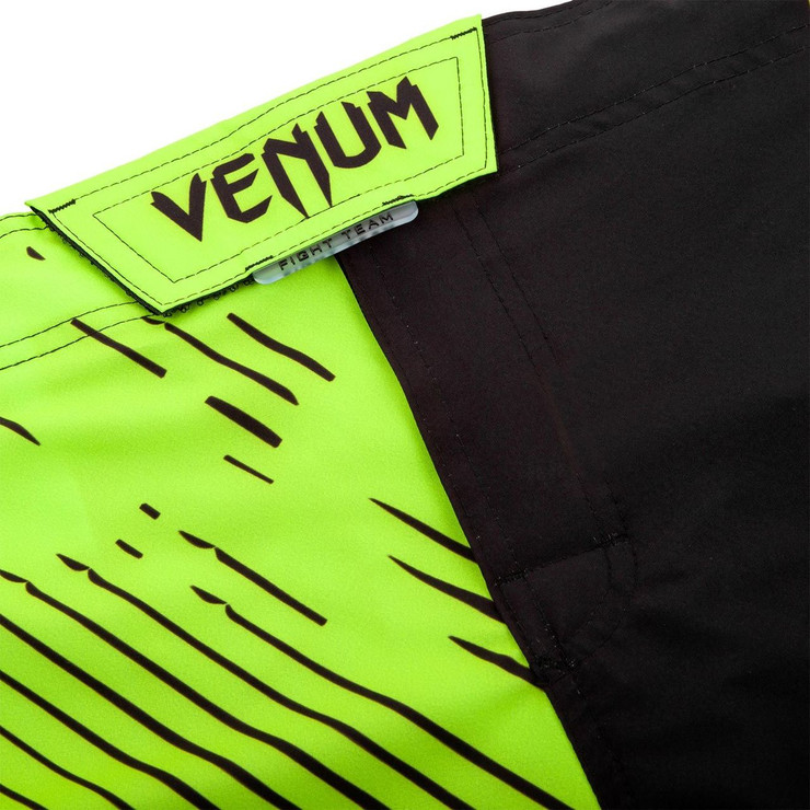 Venum Training Camp 2.0 Fight Shorts Black/Neo Yellow