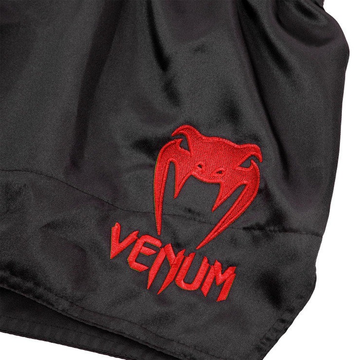Venum Classic Muay Thai Shorts Black/Red
