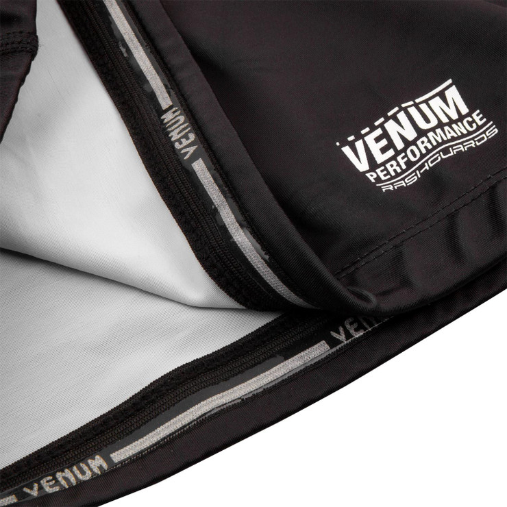 Venum Underground King Short Sleeved Rash Guard