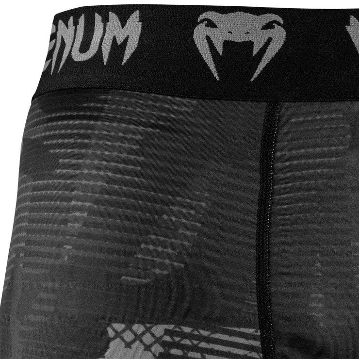 Venum Tactical Compression Shorts Black/Black