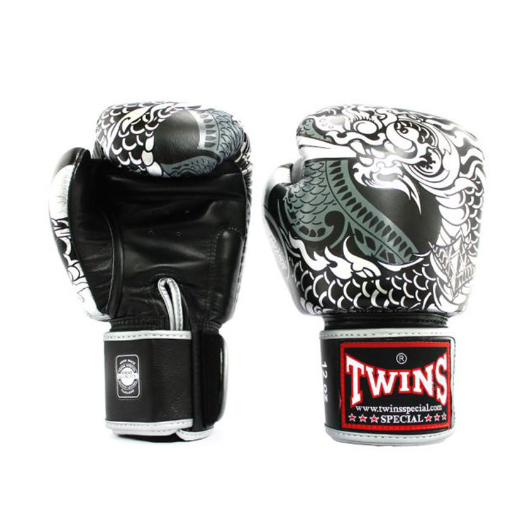 Twins Boxing Gloves FBGVL3-52 Nagas Black/Silver