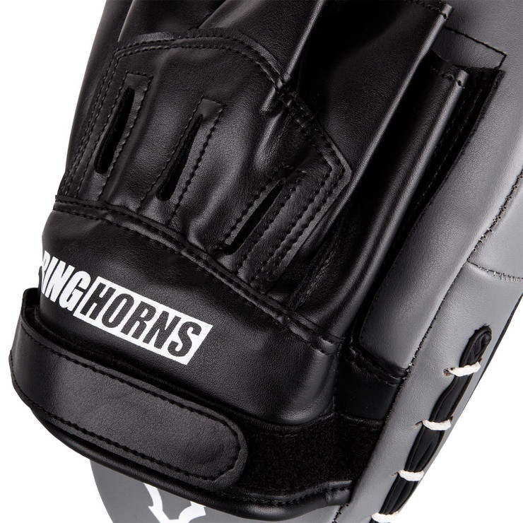 Ringhorns Charger Focus Mitts Black/White