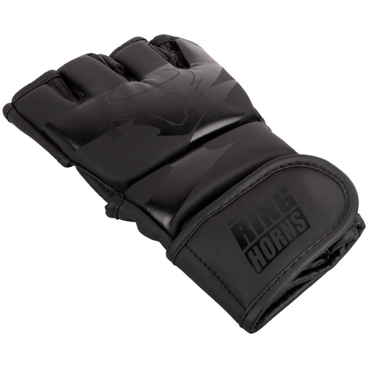 Ringhorns Charger MMA Gloves Black/Black