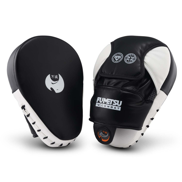 Fumetsu Ghost Focus Mitts Black White