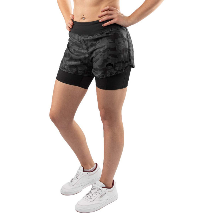 Venum Defender Womens Hybrid Compression Shorts Black/Black