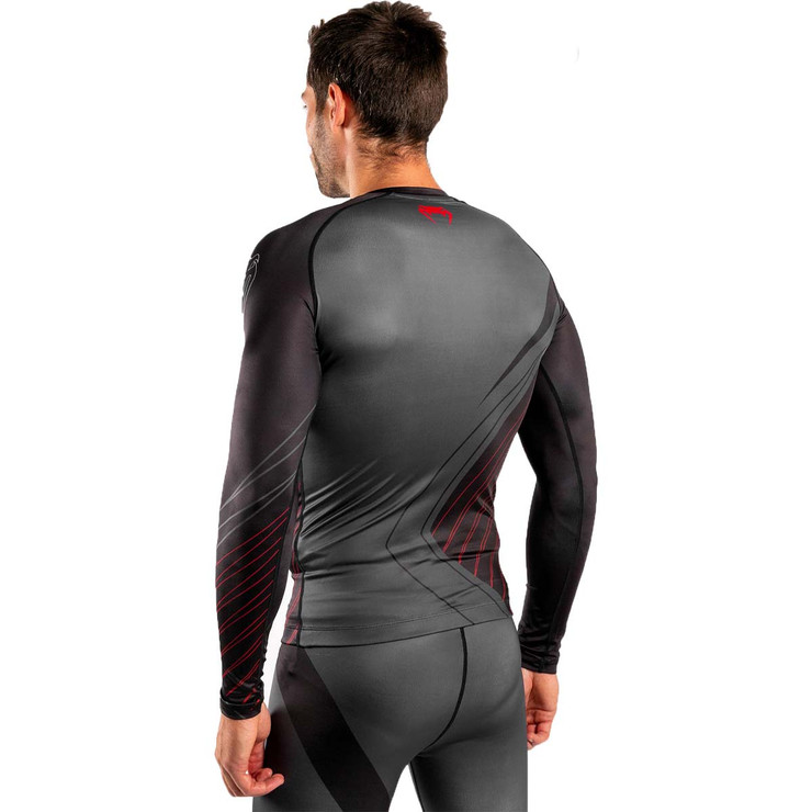 Venum Contender 5.0 Long Sleeve Rash Guard Black/Red