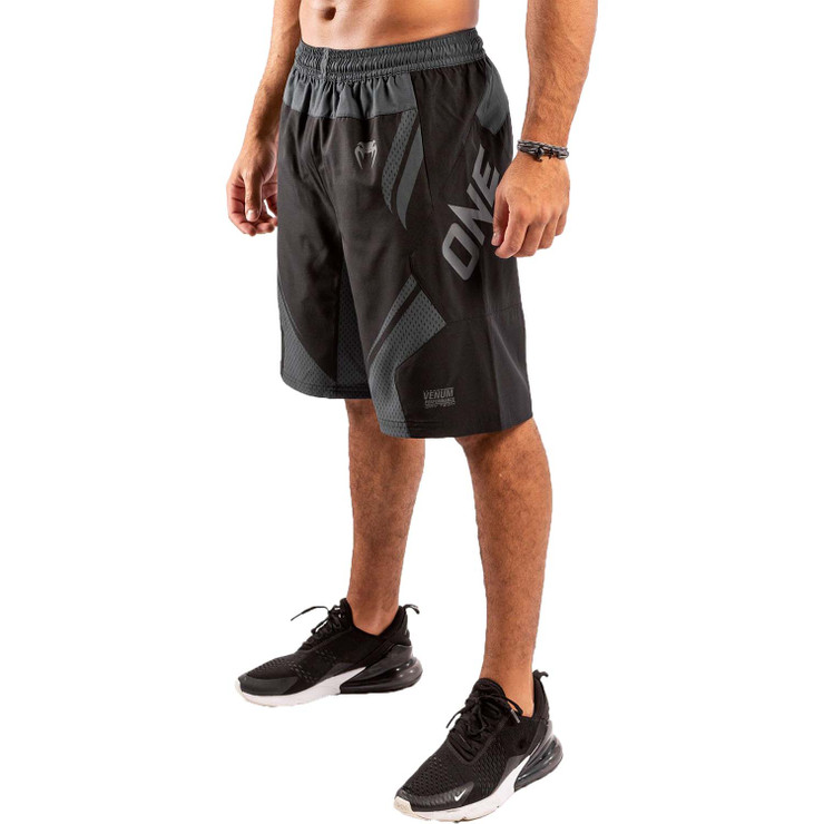 Venum One FC Impact Training Shorts Black/Black