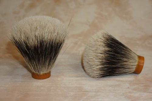 Finest Badger  Hair knot FAN  20mm