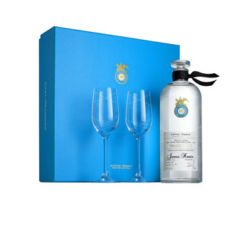 Casa Dragones Personalized Joven Tequila Gift Set