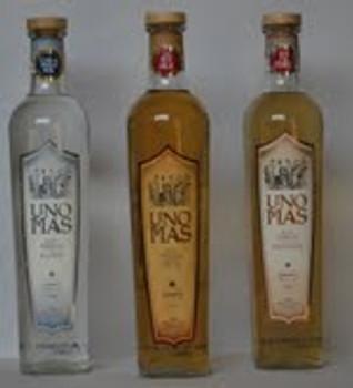 UNO MAS Anejo Tequila