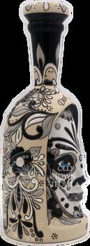 Dos Artes 2019 Calavera Limited Edition Extra Anejo 1 Liter Side View