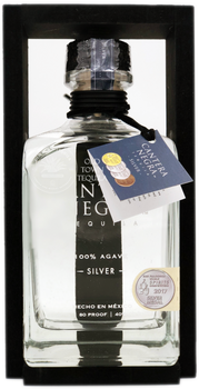 Cantera Negra Silver Tequila 750ml