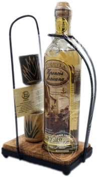 Herencia Mexicana Tequila Añejo Set
