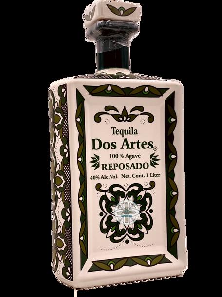 Dos Artes Reposado Tequila Art bottle 1 Liter