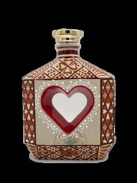 Riqueza Cultural Rubi Corazon Ceramica Anejo Tequila