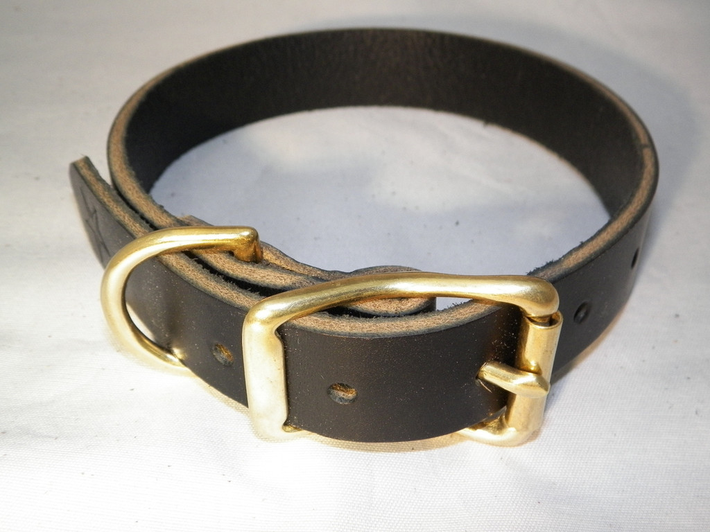 """Classic"" Leather Collar - Brass Hardware"