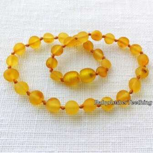 """Sweet sky"" amber necklace"