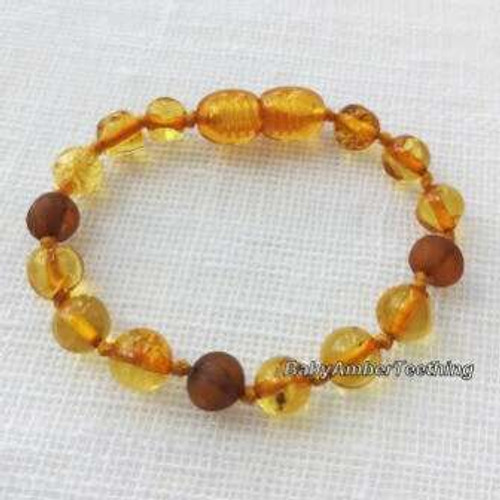"""Honey raw and polished cognac"" bracelet"