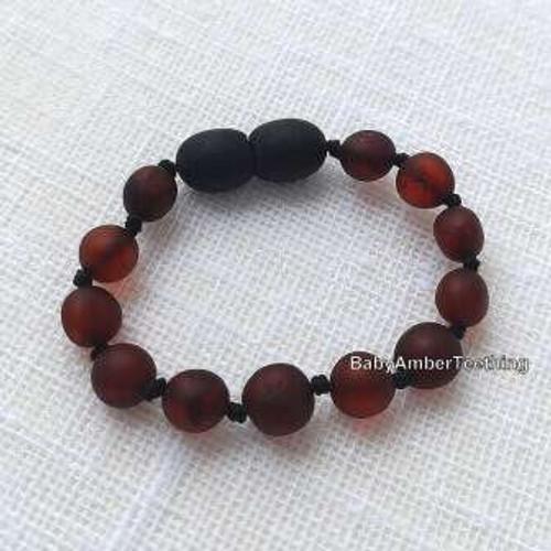 ''Cherry raw'' round amber bracelet