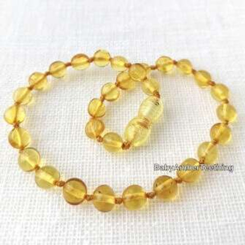 """Lemon"" amber necklace"
