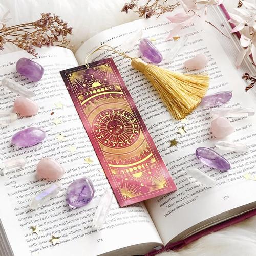 Le Soleil Bookmark
