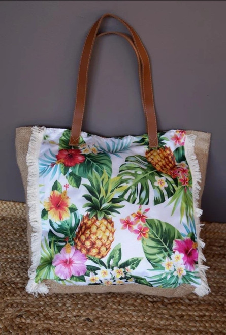 'Pineapples' Carry Bag