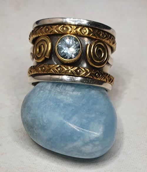 'Iris' Topaz Meditation Spinner Ring #6.5