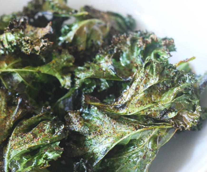 spicy-garlic-kale-chips-recipe-19a.jpg